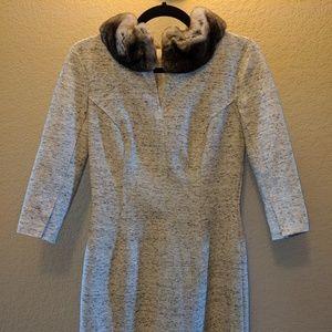 Carolina Herrera fur collar dress size 4